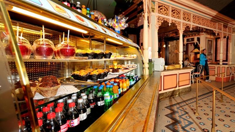 repas cable car blake shop disneyland