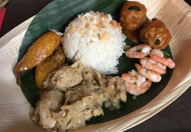 repas au restaurant hakuna matata disneyland