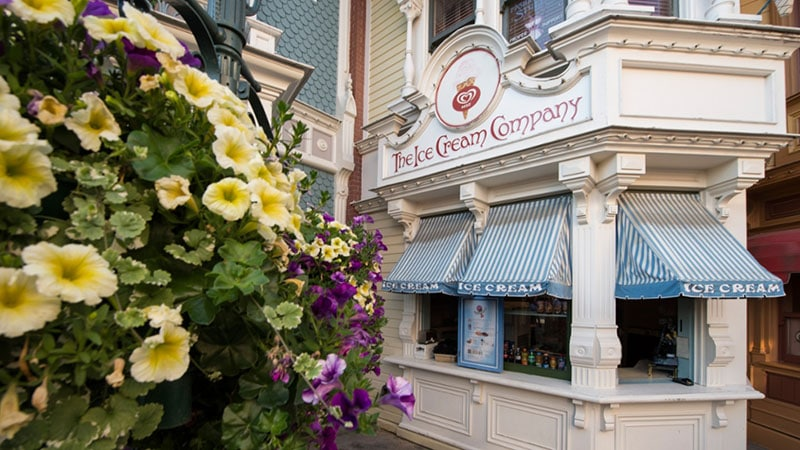 ice cream company disneyland paris