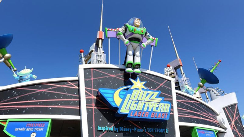 Attraction enfant Buzz lightyear laser blast