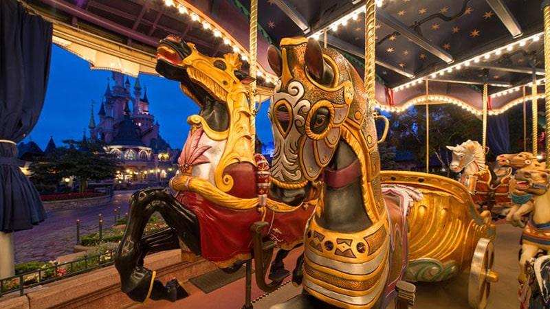 Magnifique cheval sur le Carroussel de lancelot