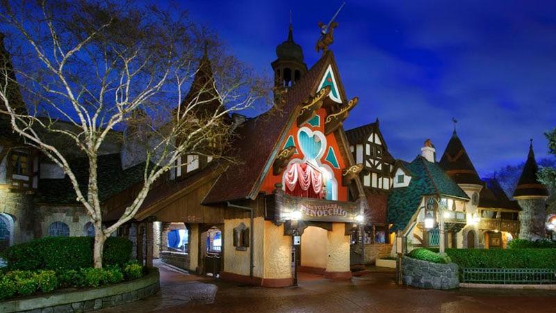 Attraction les voyages de Pinocchio