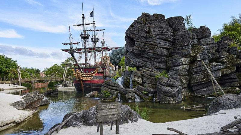 espace enfant: la plage des pirates